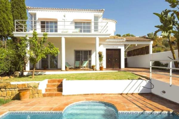 3 Chambre, 3 Salle de bains Villa A Vendre danse La Quinta, Nueva Andalucia
