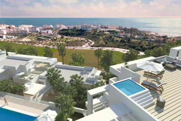5 Bedroom, 3 Bathroom, Apartment for Sale in Scenic, Estepona