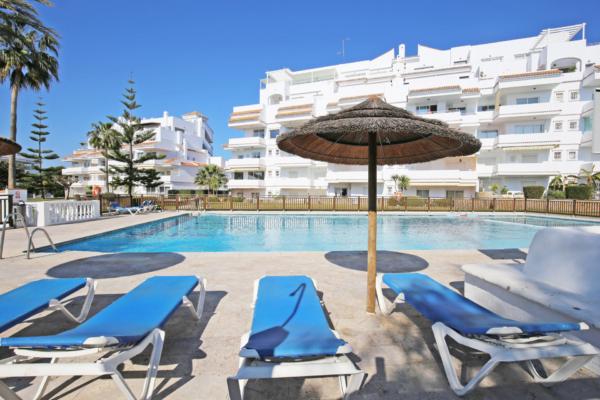 2 Dormitorio, 2 Baño Apartamento En Venta en Royal Garden, Marbella